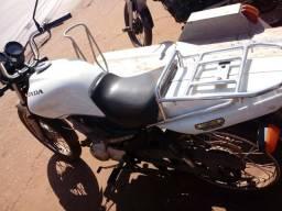 Moto cargo 2013 com carretinha - 2013