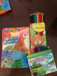 Areia divertida +lápis de cor+lápis de cera