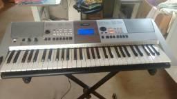 Vendo teclado Yamaha psr e413