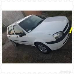 Carro Fiesta 2001 Class - 2001