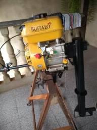 Motor de barco 7.0 buffalo muito pouco usado ótima preço