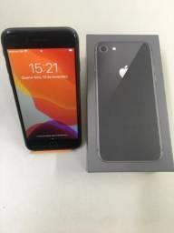 Iphone 8 64gb preto na c aixa, semi novo