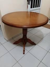 Mesa de canto colonial