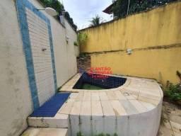 Apartamento térreo com área privativa, piscina e churrasqueira 3 quartos