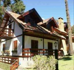 Casa com 5 dormitórios à venda, 270 m² por R$ 848.000 - V Inglesa - Campos do Jordão/SP