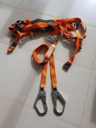 Cinto de segurança, Cinturão, com talabarte duplo