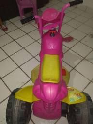 Moto elétrica infantil feminina