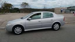 Astra sedan 2.0 2005 raridade  total flex