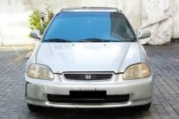Honda Civic LX 1.6 Manual. 98