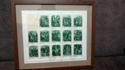 Quadro emoldurado e vidro com série de selos da Via Sacra