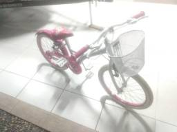 Bicicleta aro 20  semi nova .