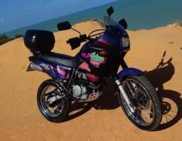 Linda Moto Honda Sahara NX 350 99/99
