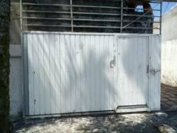 Portão fechado - Só falta pintar