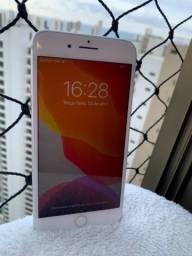 IPhone 8 Plus - 64 GB.