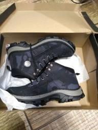 Sapatos novos confira