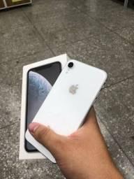 Título do anúncio: Temos iPhone XR branco também >> sem detalhes