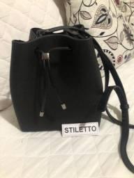 Vendo bolsa estilo Melissa Nova