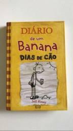"""Diario de Banana 4 """"Dias de Cão""""(usado)"""