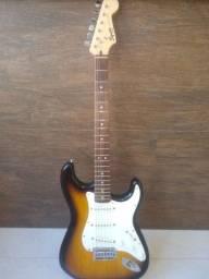 Stratocaster Squier Bullet Sunburst