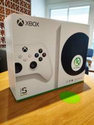 Xbox Séries S ( LACRADO COMPRE COM SEGURANÇA ABC SP VEJA)