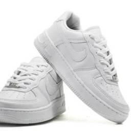 Moura calçados Ltda