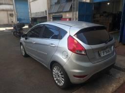 Fiesta 1.6 titanium top de linha, nada a fazer só pegar e andar