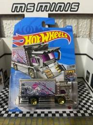 Hot Wheels Raijin Express