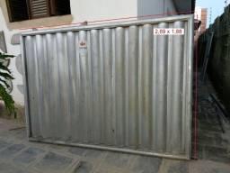 Vendo Portão de Alumínio p/ entrada de garagem e pedestre (Em estado de NOVO)
