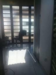 Troco kitnet com quintal por apartamento