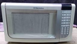 Micro-ondas Electrolux 31L