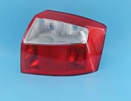Lanterna Direita A4 2001 A 2004