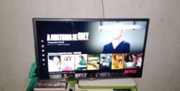 Vendo smart tv LG 32 semi nova 6 meses de uso.
