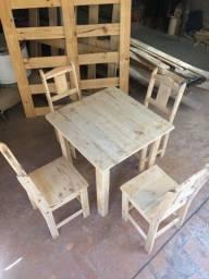 Mesa e Cadeirinha - Infantil