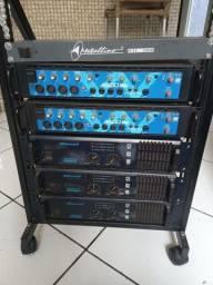 Rack de potencias e mixers