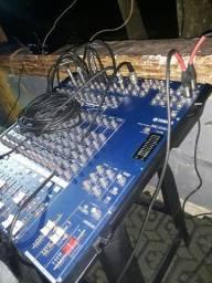 Vendo mesa Yamaha 16 canais