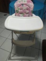 Cadeira para alimentação em perfeito estado