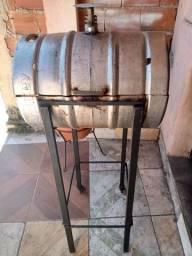 Churrasqueiras barril de chopp e bafo artesanal