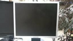 Dois monitores 17 pol sansung