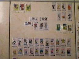 57 figurinhas de chiclete antigas e 21 tipo cards para coleçao