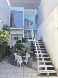 Apto estilo loft, em vila de casas de família, local tranquilo e seguro.