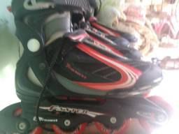 2 pares de patins Faster da Traxart