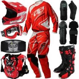 Compro equipamentos de motocross