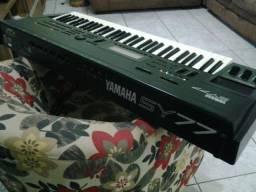 Teclado Yamaha SY77 (Sintetizador)