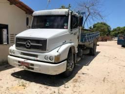 Caminhão 1620 no chassi - 2000