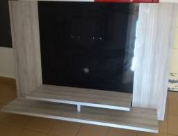 Painel para TV suspenso