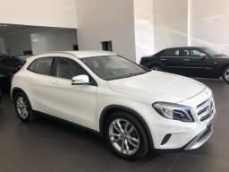 Mercedes-Benz GLA-200 Advance 2014/2015