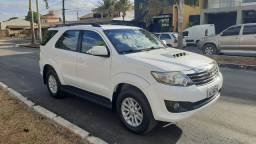 SW4 - Hilux 2013/2013 - 7 lugares