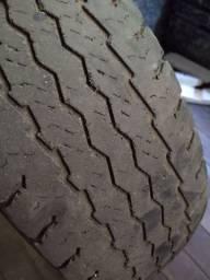 Vende pneus 225 75 16 C