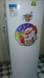 Vendo ou troco geladeira por um freezer