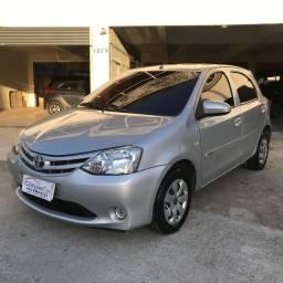 Toyota Etios 1.3 X FLEX 2014- Muito novo!!